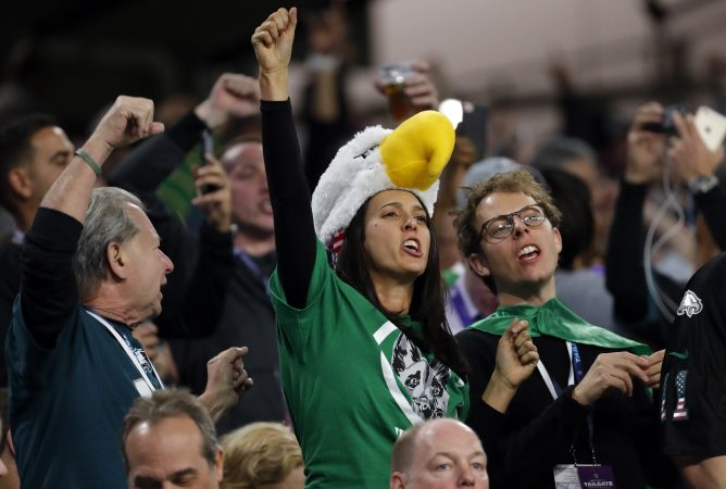 Philadelphia Eagles fans cheer during the second half of the NFL Super Bowl 52 football game against the New England Patriots, Sunday, Feb. 4, 2018, in Minneapolis. (AP Photo/Charlie Neibergall)
