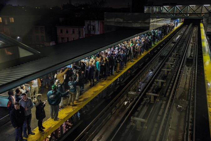 Eagles fans fill up the platform at the Girard el stop. (Courtesy of Ed Newton)