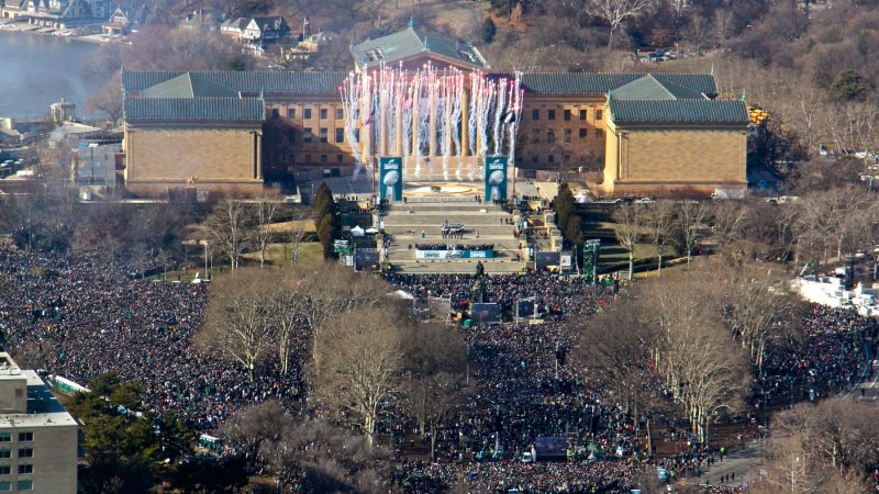 Fireworks punctuate the National Anthem at the Eagles Super Bowl celebration. (Emma Lee/WHYY)