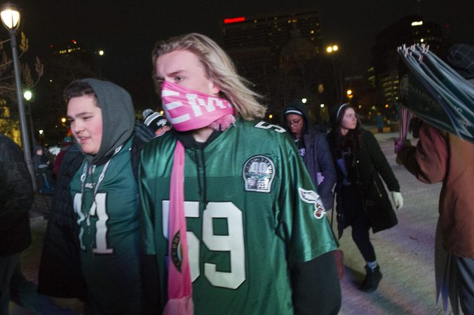 Fans dressed for the cold. (Jonathan Wilson for WHYY)