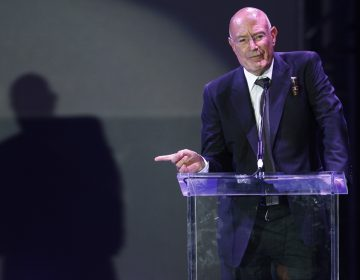Movie producer Arnon Milchan accepts the Legacy of Citizens Lifetime Achievement award at an event celebrating the 60th anniversary of the state of Israel in Los Angeles on Sept. 18, 2008. (Matt Sayles/AP)