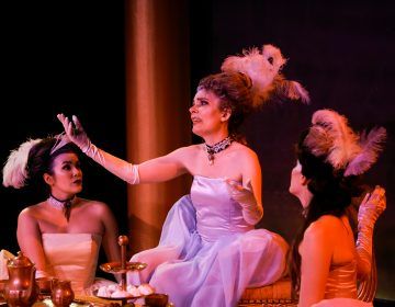 In Curio Theatre Company's production of 's