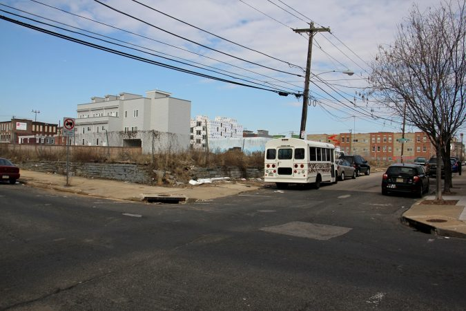 New homes pop up on vacant lots at York and Emerald streets in East Kensington. (Emma Lee/WHYY)