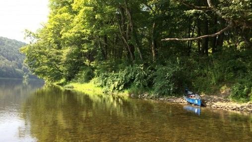 The Pennsylvania side of the Delaware River at the Delaware Water Gap. (Catalina Jaramillo/WHYY)
