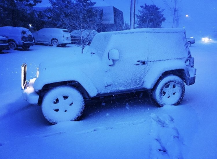 in this 2018 file photo, a snow encrusted Jeep is seen in Lavallette, Ocean County. (@nickhonachefsky via Twitter)