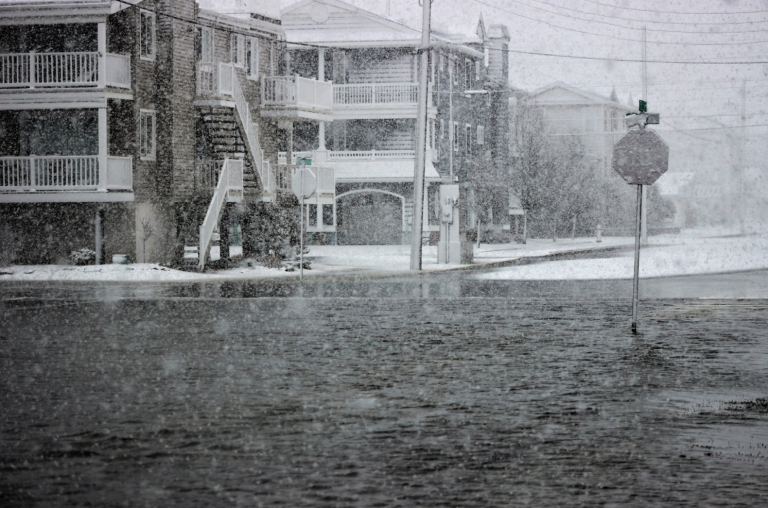 Many streets in Ocean City have turned into slushy canals, with snow falling heavily right before 2:45 p.m. Wednesday. (Photo: Bill Barlow)