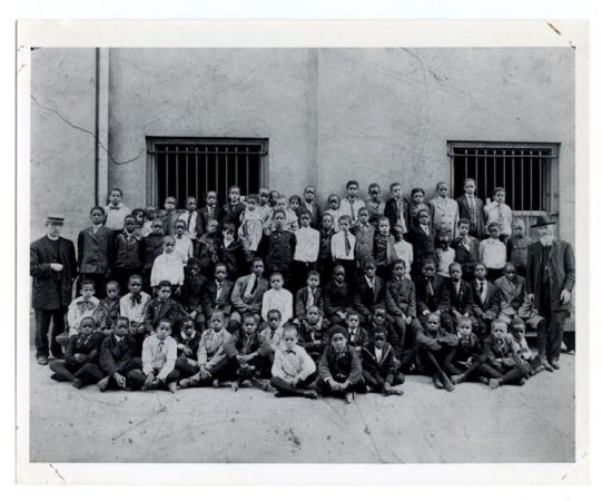 St. Peter Claver students, c. 1910-1920. / Historical Society of Pennsylvania.