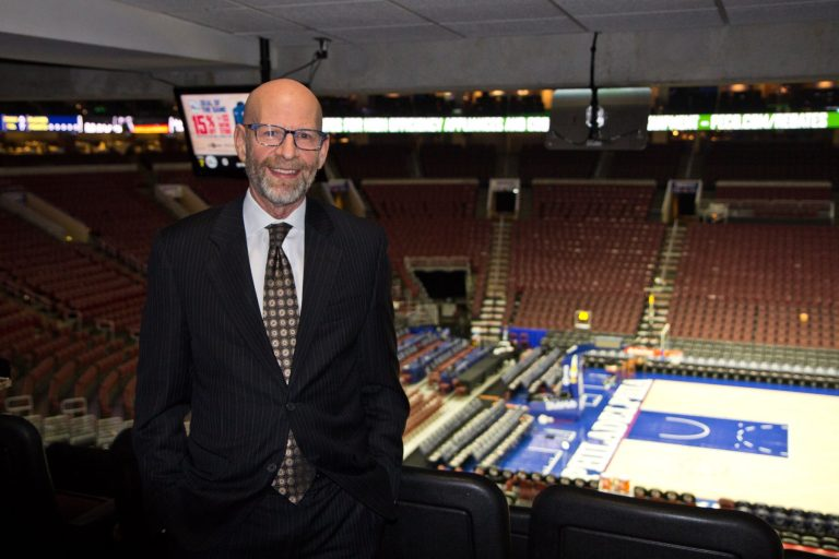 Marc Zumoff calls the play-by-plays for the 76ers. (Kimberly Paynter/WHYY)