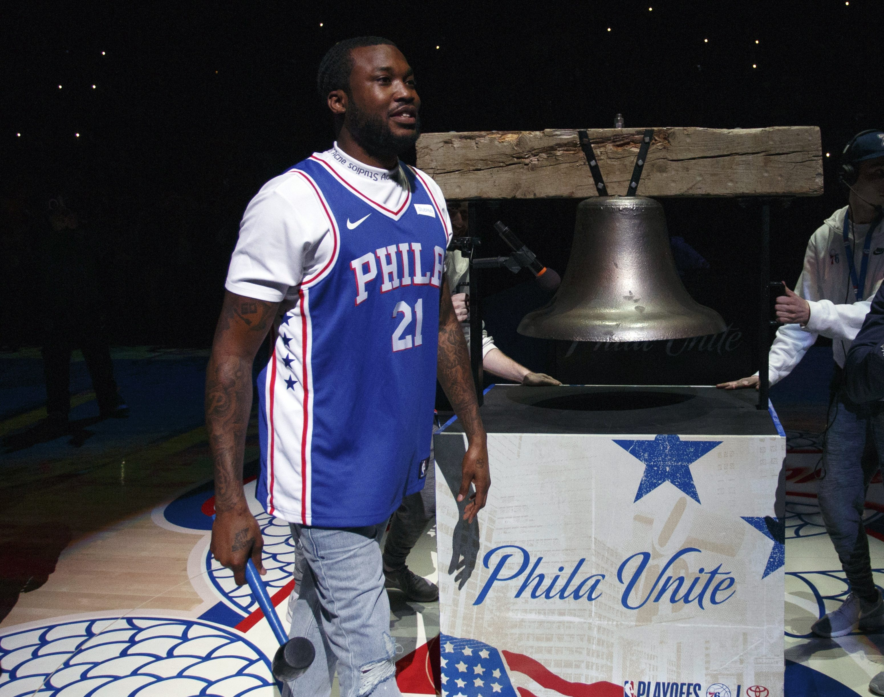 0174f9f11e1a Believe it! 76ers roll with Meek Mill past Heat in Game 5 - WHYY