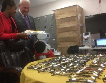 Mayor Mike Purzycki toured a free eye care event in Wilmington.  (Zoe Read/WHYY)