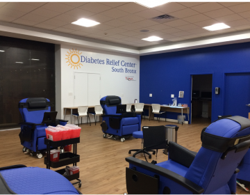 The treatment room of the Diabetes Relief Center in the South Bronx. The clinic says its treatment can help ease complications related to diabetes. (Miamichelle Abad)
