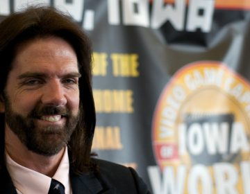 Billy Mitchell poses for the media in Ottumwa, Iowa, in 2009.