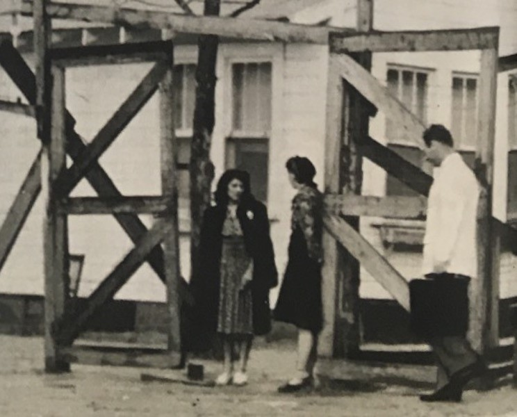 A 1943 photograph of a detention hospital for infected women in Leesville, LA.