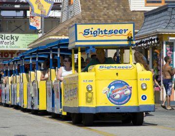 Wildwood's tramcar chugs along the boardwalk (Greater Wildwoods Tourism Improvement and Development Authority)