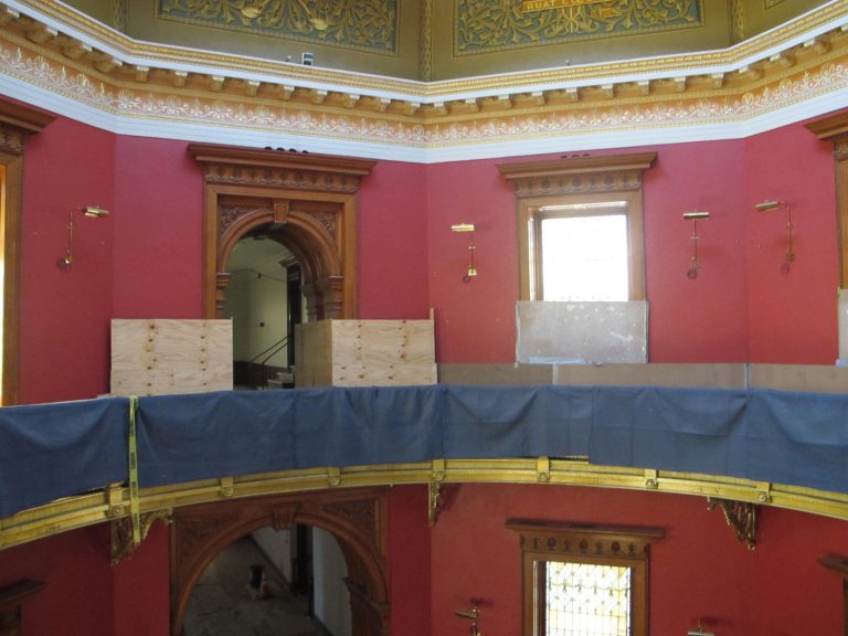 Inside the N.J. state Captiol building in Trenton, which is undergoing renovations. (Phil Gregory/WHYY)
