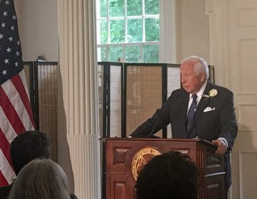 Pulitzer Prize-winning historian David McCullough speaks about a history award named in his honor at a Thursday ceremony in Philadelphia's Carpenters' Hall. (Taylor Allen for WHYY)