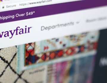 Photo shows the Wayfair website on a computer in New York. (Jenny Kane/AP)