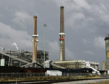 PPL's Brunner Island is a three-unit, coal-fired plant located on the west bank of the Susquehanna River, is seen in York Haven, Pa. It's one of four power plants Delaware leaders blame for causing bad air quality in the First State. (AP Photo/Carolyn Kaster)