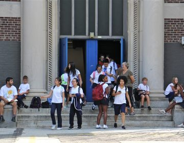 Students are released from George A. McCall School at noon Thursday, Sept. 6, 2018, because of the heat. It was the fifth early dismissal for heat for the Philadelphia School district since the school year began