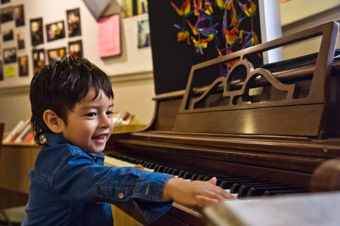 Jeison, 2, son of Suyapa Reyes, was born in the United States. (Kimberly Paynter/WHYY)