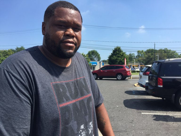 Derron Farmer sees plastic bags  as a necessary evil. (Aaron Moselle/WHYY)