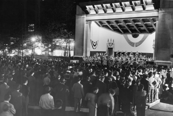 1951: United States Army field band performs in Reyburn Plaza, Evening Bulletin   Special Collections Research Center, Temple University Libraries, Philadelphia, PA