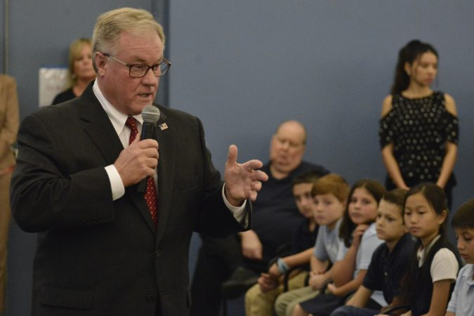 Scott Wagner gives his closing statement at the forum. (Bastiaan Slabbers for Keystone Crossroads)