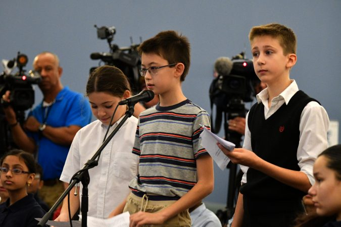 Students from Pittsburgh ask questions at a forum at the School District of Philadelphia's headquarters. (Bastiaan Slabbers for Keystone Crossroads)