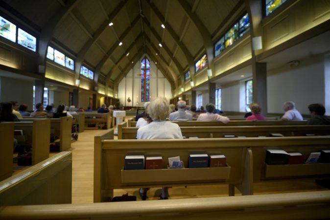 Sunday morning Mass at St. Peter's Episcopal Church, on Easton Road in Glenside, PA, on September 23, 2018. (Bastiaan Slabbers for Keystone Crossroads)