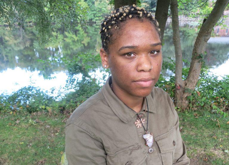 Kiana Wallace is a part of a new movement on social media called 'skin positivity.' (Rachel Ishikawa/For The Pulse)