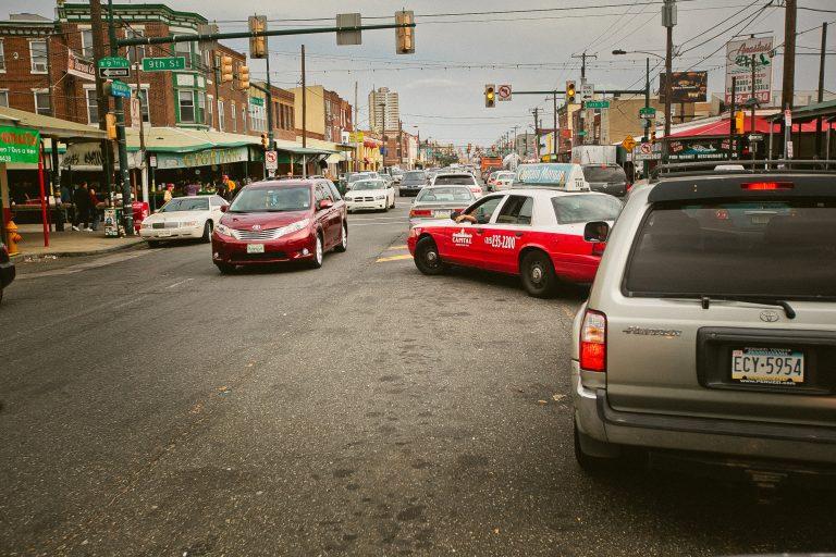 Traffic on Washington Avenue at 9th Street in South Philadelphia