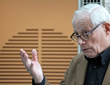 German designer Dieter Rams speaks about the exhibit at the Philadelphia Museum of Art surveying his career. (Emma Lee/WHYY)