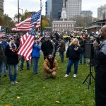 Tye Smith, founder of the U.S. Police Fire EMS Foundation speaks to a small crowd at a We The People rally, at Independence Mall, on Saturday. (Bastiaan Slabbers for WHYY)
