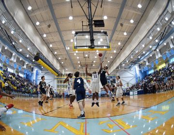 Some of the best high school basketball players in the nation are in Delaware this weekend for the annual Slam Dunk to the Beach tournament. (Chuck Snyder/for WHYY)