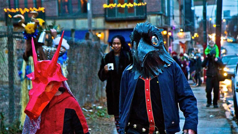 Spirits march through Northern Liberties for the 2018 Parade of Spirits. (Kimberly Paynter/WHYY)