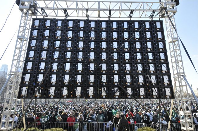 Tens of thousands of gather on the Parkway Feb. 8, 2018,  to celebrate the Eagles' Super Bowl win. (Bastiaan Slabbers for WHYY)