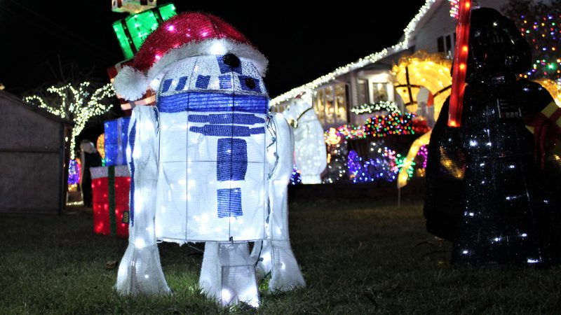 R2D2 spotted in Absecon, N.J. (Bill Barlow/for WHYY)