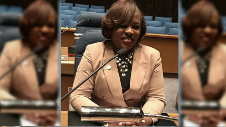 Councilwoman Michelle Harlee now wants to eliminate the five-member that nominates a replacement. (Courtesy of Michelle Harlee)