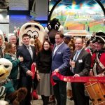 Ribbon cutting for new Center City Wawa (Tom MacDonald/WHYY)
