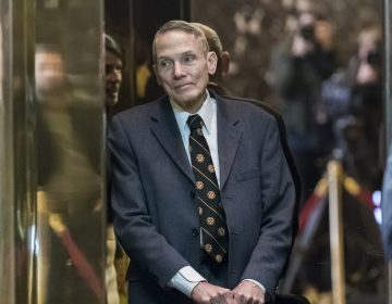 Physicist William Happer arrives for a meeting with President-elect Donald Trump at Trump Tower in New York, NY, USA on January 13, 2017.  (Albin Lohr-Jones/picture-alliance/dpa/AP Images