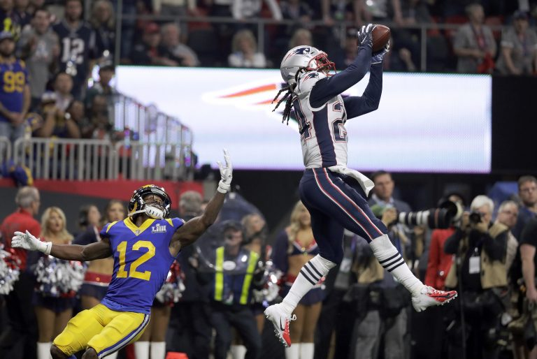 Patriots defeat Rams 13-3 in lowest-scoring Super Bowl ever - WHYY a02c78452