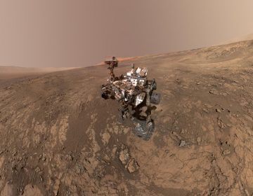 This self-portrait of NASA's Curiosity Mars rover shows the vehicle on Vera Rubin Ridge. (NASA/JPL-Caltech/MSSS)