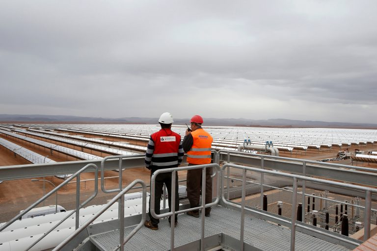 A thermosolar power plant is pictured at Noor II Ouarzazate, Morocco, November 4, 2016. Picture taken November 4, 2016. (Reuters/Youssef Boudlal)