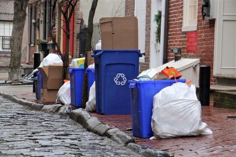 Recycling bins on Cuthbert Street in Philadelphia. (Emma Lee/WHYY)