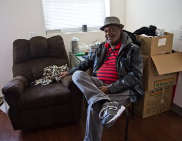 Ricardo Wilson moved into his unit in the new Sharswood Tower in North Philadelphia this week. (Kimberly Paynter/WHYY)