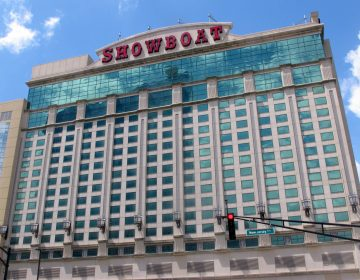 This June 8, 2016 photo shows the exterior of the Showboat hotel in Atlantic City, N.J. On Monday, March 18, 2019, Bart Blatstein, owner of the hotel, said he is moving forward with plans to return casino gambling to the site for the first time since 2014. (Wayne Parry/AP Photo)