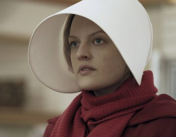 The Handmaid's Tale, starring Elisabeth Moss, coincided with a spike in new subscribers to Hulu, one of an increasing number of video streaming platforms. (George Kraychyk/Hulu)