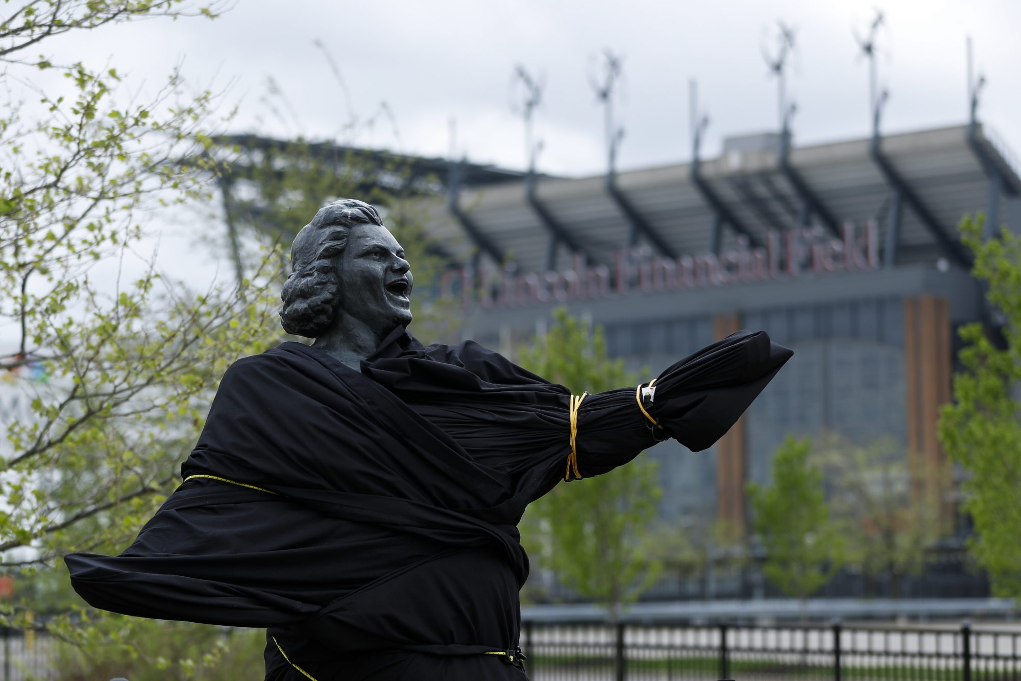Is Flyers' decision to erase Kate Smith a sign of the modern NHL?