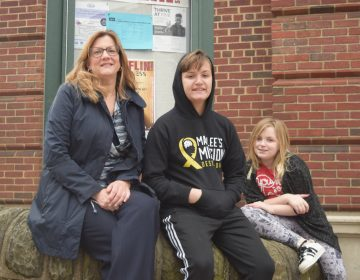 Bonnie Emilius fears greater school choice in her neighborhood in Philadelphia will hurt her children's school, Thomas Mifflin Elementary. (Greg Windle for Keystone Crossroads)