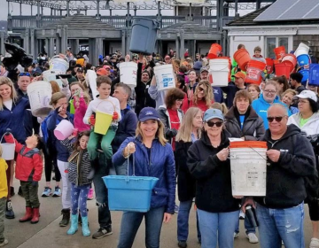 Volunteers at Sandy Hook for Clean Ocean Action's Spring Beach Sweep in April 2019. (Courtesy of Clean Ocean Action)